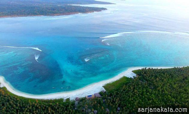 Pantai Awera