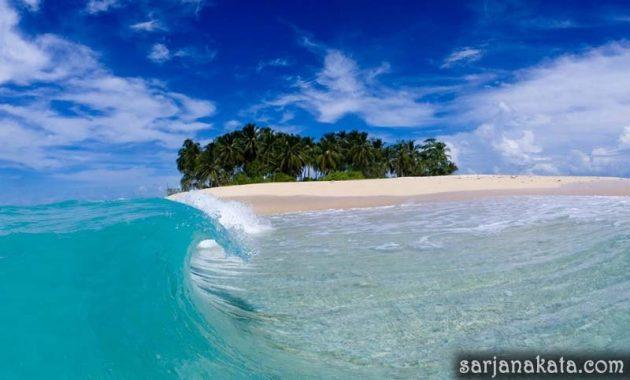 Pantai Siruso