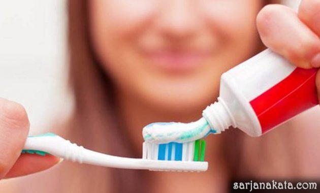 Pasta Gigi Yang Mengandung Fluoride